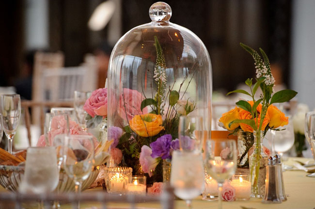 Table setting - flowers in dome