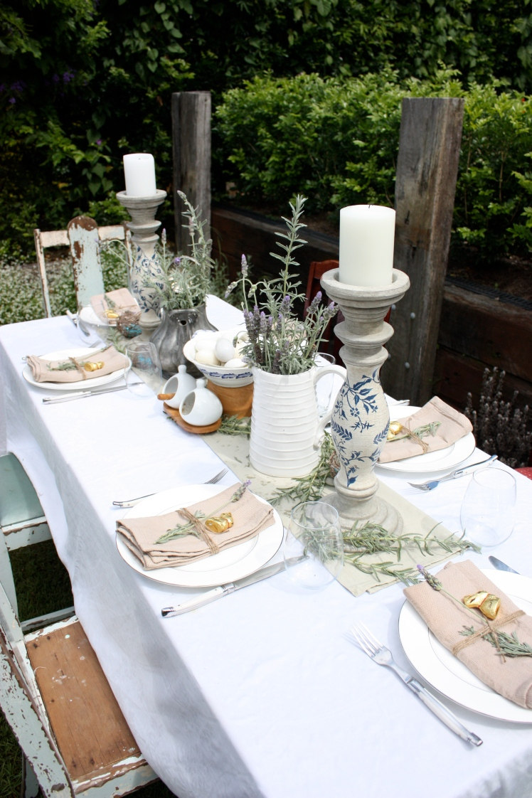 Easter Lunch Table | brownpaperbelle.com