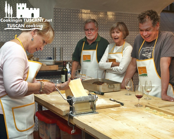 Tuscany Cooking School via brownpaperbelle.com