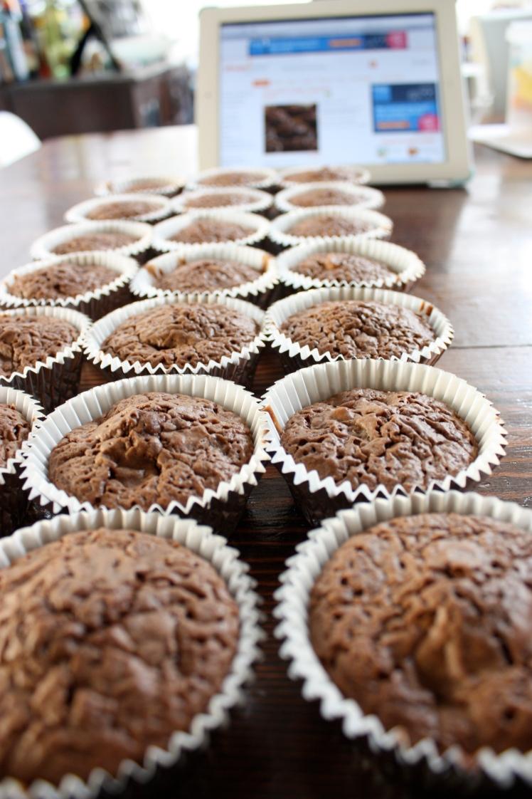 Chocolate Fudge Cupcakes | brownpaperbelle.com
