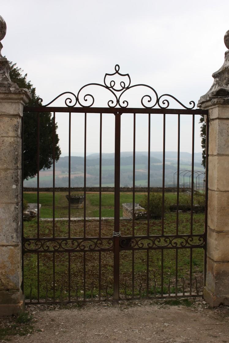 Vezelay, Burgundy | brownpaperbelle.com