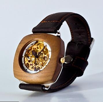 Holloway Watch | brownpaperbelle.com