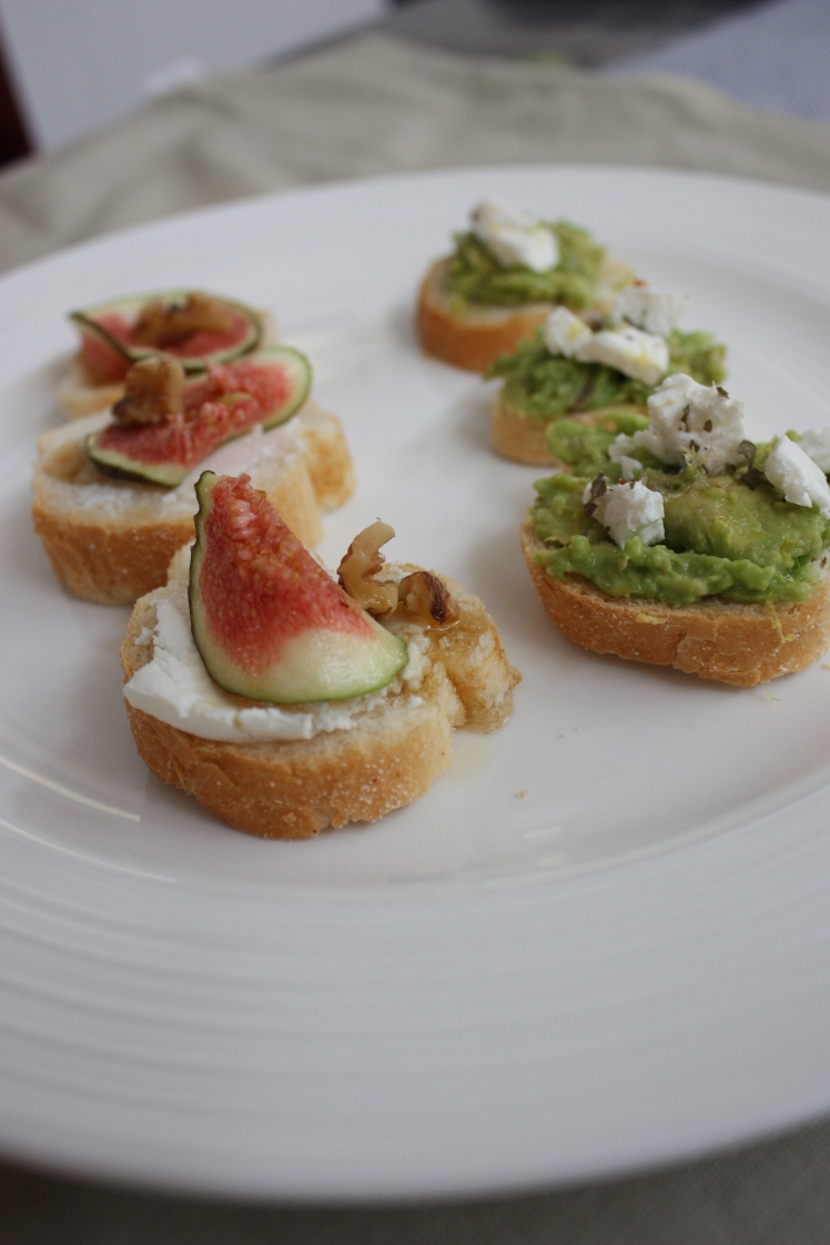 Individual Breakfast Toasts | brownpaperbelle.com