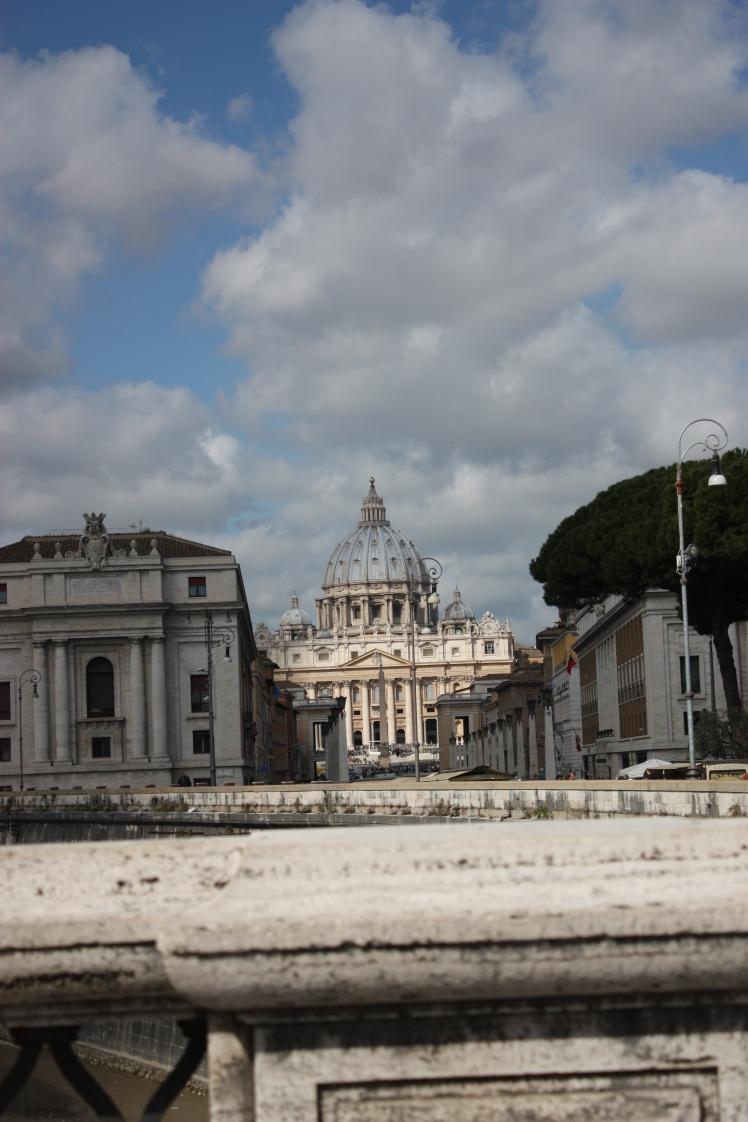 St Peter's Basillica, Rome | brownpaperbelle.com