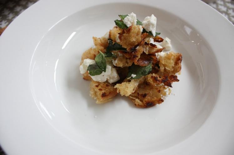 Feta & Mint Croutons | brownpaperbelle.com