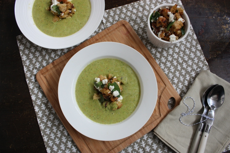 Pea & Mint Soup with Feta Croutons | brownpaperbelle.com