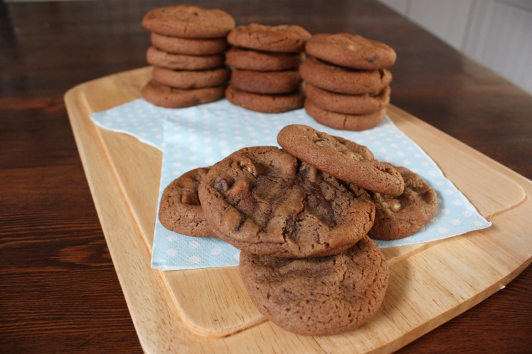 Triple Choc Chip Cookies | brownpaperbelle.com