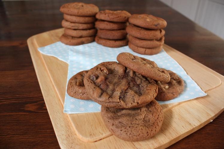 Triple Choc Chip Cookies | brownpaperbelle.com