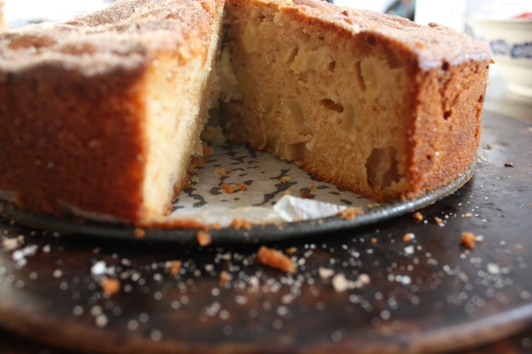 Apple & Cinnamon Tea Cake   brownpaperbelle.com