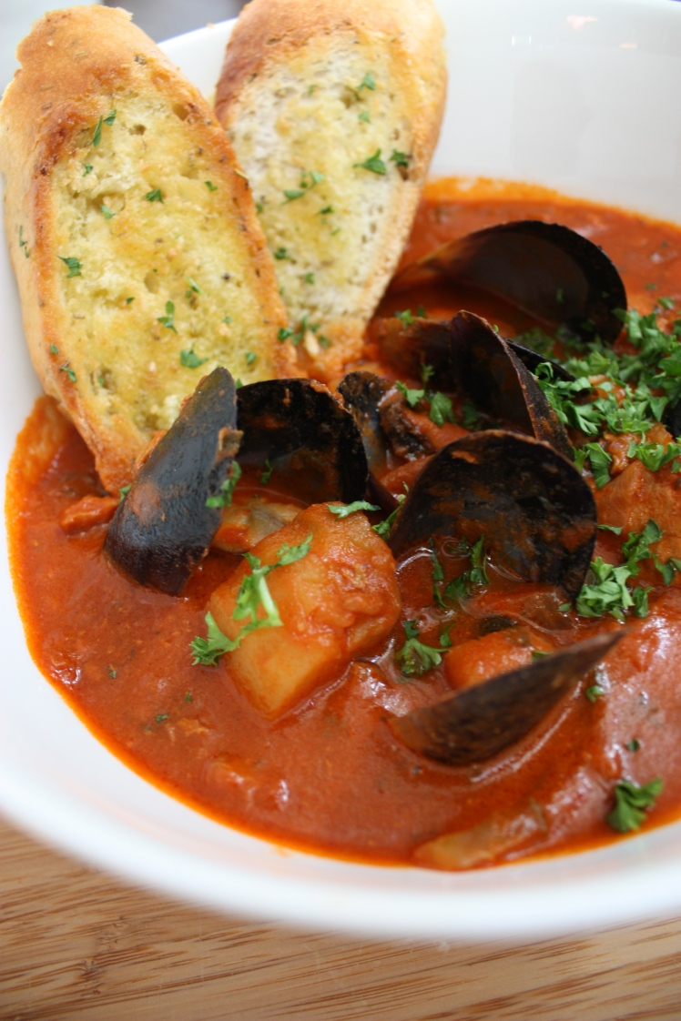 Ligurian Fish Stew | brownpaperbelle.com