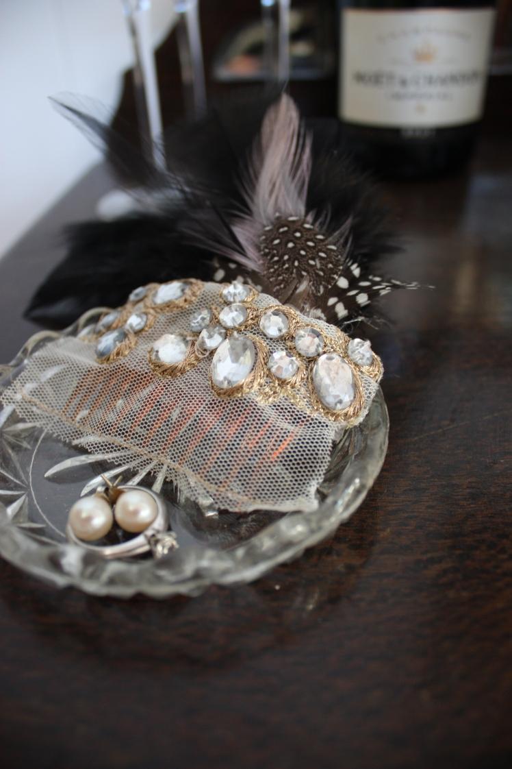 Feather Boa Headpiece | brownpaperbelle.com