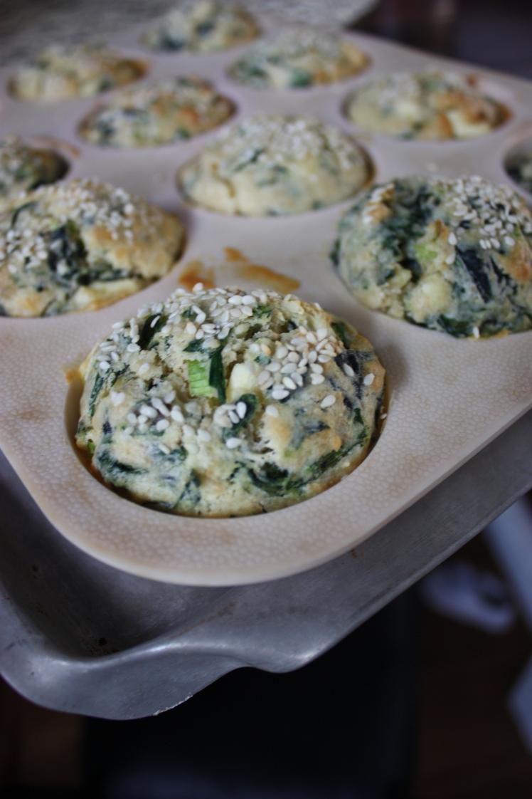 Spinach & Fetta Muffins | brownpaperbelle.com