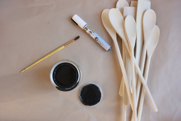 Blackboard Paint Utensil Garden Markers | brownpaperbelle.com
