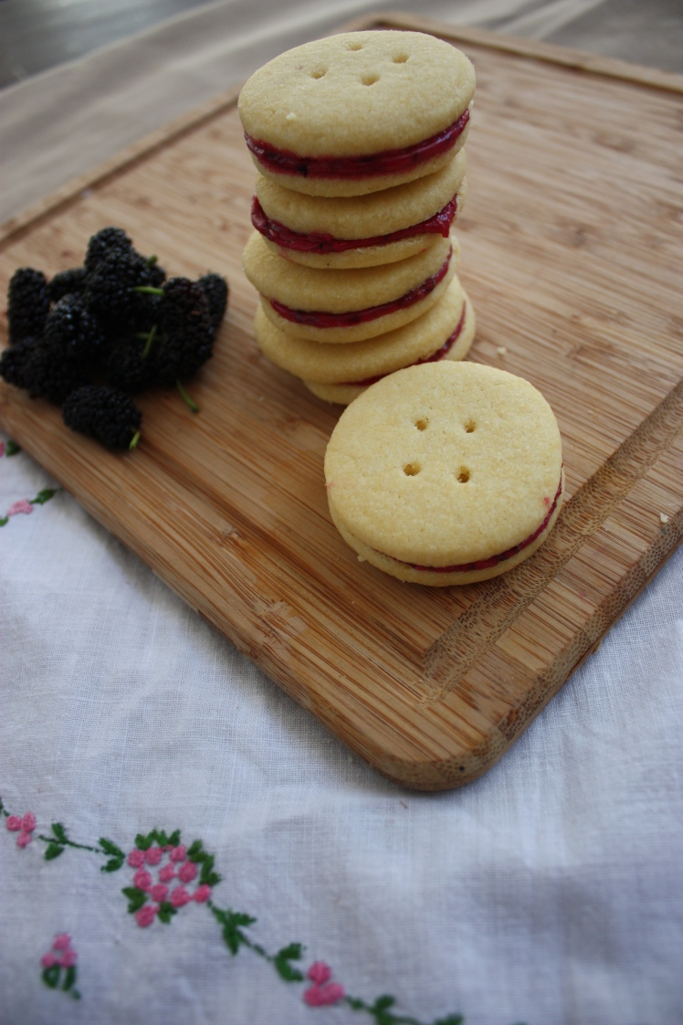 Mulberry Filled Butter Biscuits | brownpaperbelle.com