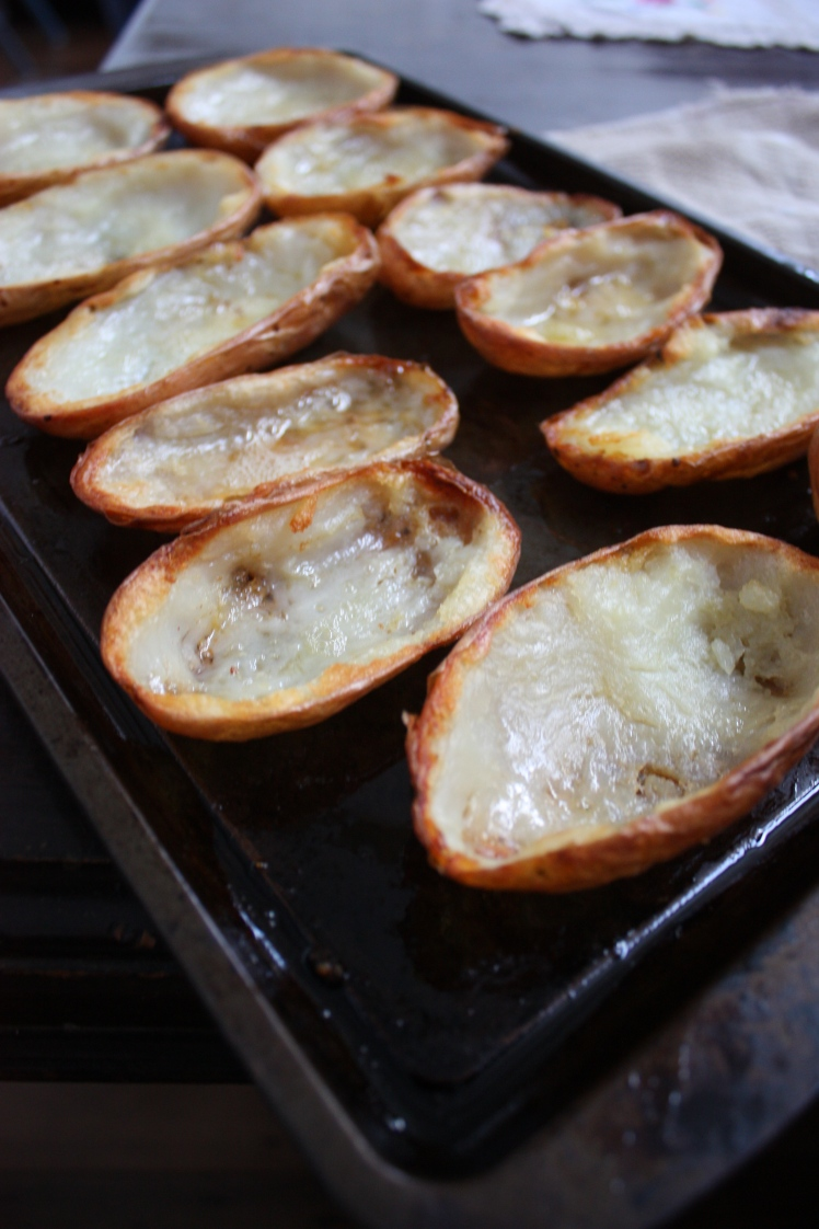 Loaded Potatoes | brownpaperbelle.com