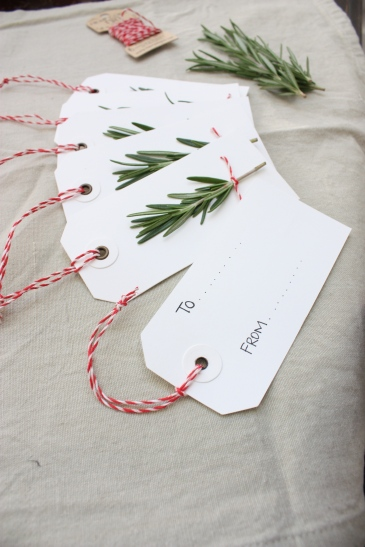 Rosemary & Twine Christmas Gift Tags | brownpaperbelle.com